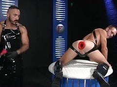 Club Inferno Dungeon – Fist Fuckers (Scene 1)