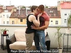 Reyn Story Barebacks Thomas Grott
