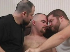 Hungry? Have A Cub Sandwich With Venice Cub, Andrew Mason And Joey