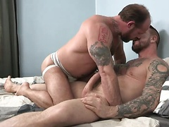 Rocco Steele Barebacks Jake Deckard