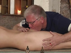 Twink Casper gets stretched and stroked at the hands of master Sebastian
