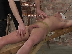 Kieron delivers one of the best cock worship sessions for horny Cameron!