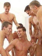 Studio orgy - Part 1 - Gay porn pics at Gaystick