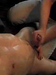 Hard handjob for straight boy William Brooklyn - Gay porn pics at GayStick.com