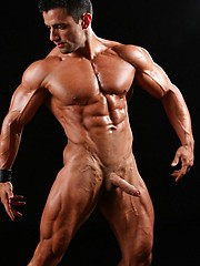 Hot latino bodybuilder naked - Gay porn pics at GayStick.com