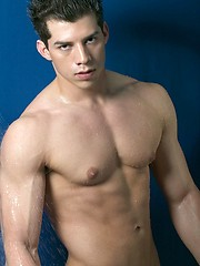 Mario shows his sexy muscled body - Gay porn pics at GayStick.com