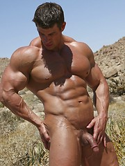 Musculed men Zeb posing outdoors - Gay porn pics at GayStick.com