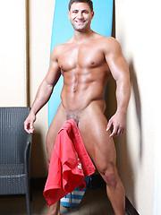 Mike Buffalari Photo Set - Gay porn pics at GayStick.com
