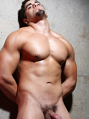 Muscled latino boxer shows his naked body - Gay porn pics at GayStick.com