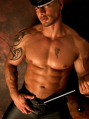 Hot leather and ass set of this exotic fitness model from NYC - Gay porn pics at GayStick.com
