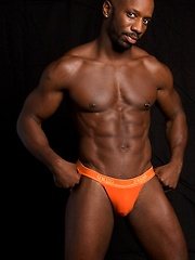 Hot ebony model from SF with beautiful bubble butt and rock hard abs - Gay porn pics at GayStick.com