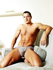 Sexy Glen Santoro shows off his toned body - Gay porn pics at GayStick.com