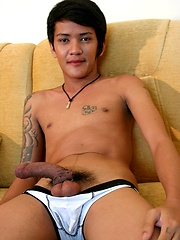 Gay Asian Twink Gus Strikes a Pose - Gay porn pics at GayStick.com