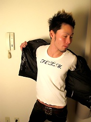 Watch Kenji Wrap Himself in a Fundoshi, Then Jack Off - Gay porn pics at GayStick.com