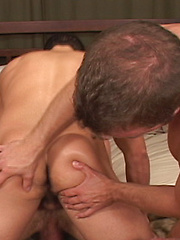 Amazing gays in threeway action - Gay porn pics at GayStick.com