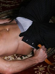Big dicked dude boasts with the size of his love-tool - Gay porn pics at GayStick.com