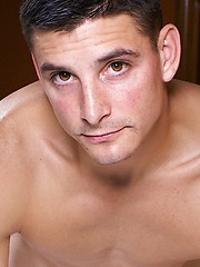 Dallas is 28 years old, 5\\\' 9\\ - Gay porn pics at GayStick.com