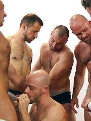 Gay Bukkake