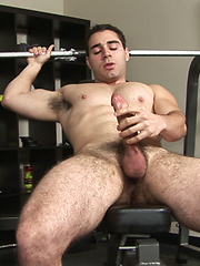 Nico is 26 years old man from Italia - Gay porn pics at GayStick.com