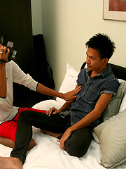 Straight thai stud get nice blowjob from asian gay - Gay porn pics at GayStick.com