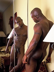 Sexy black stallion Justin Chandler gets naked - Gay porn pics at GayStick.com