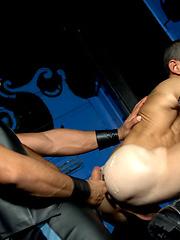 Rough gays fucking trough broken jeans - Gay porn pics at GayStick.com