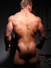 Another hot photo set of favourite muscle hunk Ben Kieren