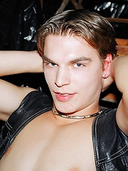 Twink in leather - Gay porn pics at GayStick.com