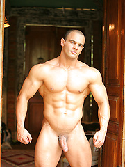Naked muscle man shows off his fat bubble butt and big uncut cock - Gay porn pics at GayStick.com