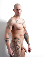 Bald guy Harley is literally begging Tate to fuck his ass - Gay porn pics at GayStick.com
