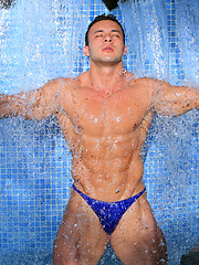 Muscle puppy Anton Buttone shooting in the pool