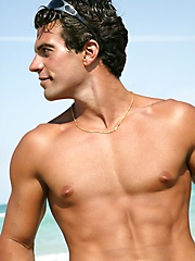 Sexy stallion man solo sessiona after beach swimming - Gay porn pics at GayStick.com