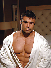 Competitive bodybuilder Eduardo Correa is stunningly handsome - Gay porn pics at GayStick.com