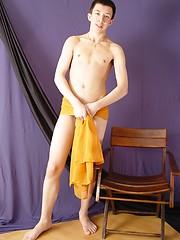 Mykolas - amateur uncut boy wanking - Gay porn pics at GayStick.com