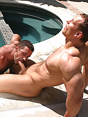 Hot muscle men fucking in a pool - Gay porn pics at GayStick.com