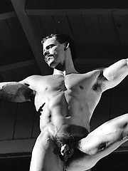 Daddy from 70s shows his muscled buddy - Gay porn pics at GayStick.com