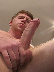 Strong red-haired dude - Gay porn pics at GayStick.com
