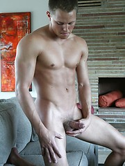 Muscled jock playing with cock - Gay porn pics at GayStick.com