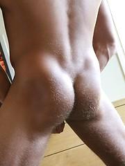 Sexy stud Tate grabs cock - Gay porn pics at GayStick.com