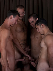 Showing there\'s no limit - Gay porn pics at GayStick.com