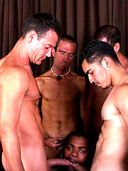 Shawn Blossom wants to eat as much cum as he want - Gay porn pics at GayStick.com