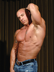 Bald muscled hunk Vin Marco