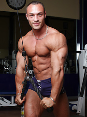 Muscle dude Ludovic Bogaert naked - Gay porn pics at GayStick.com