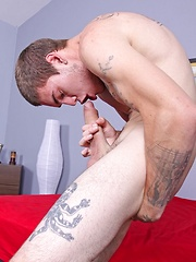 Big dicked guys autofellatio challenge - Gay porn pics at GayStick.com