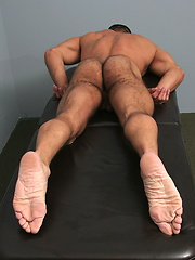 Big hairy bear gets sexy massage, handjob and rimmjob from Jake - Gay porn pics at GayStick.com