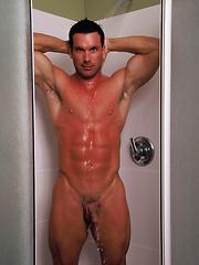 Sexy fitness model Gage Mason - Gay porn pics at GayStick.com