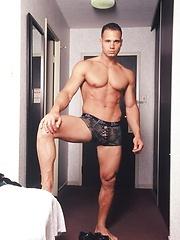 Sexy fitness model Victor Lucca - Gay porn pics at GayStick.com