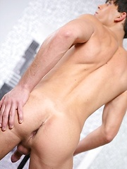 Sexy jocks and studs from europe - Gay porn pics at GayStick.com