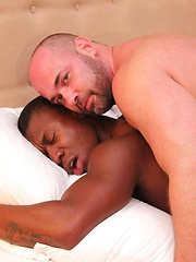 Tyler Reed and Damien Brooks - Gay porn pics at Gaystick