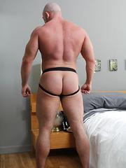 Built Shay Michaels - Gay porn pics at Gaystick